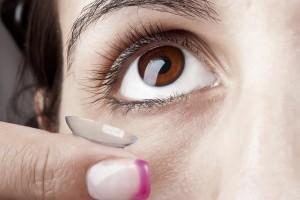עדשות מגע טיפוליות: לטיפול בקרנית