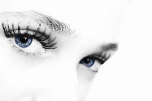 איך צבע העיניים יכול לחזות בעיות בריאותיות?