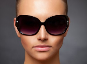 נזקים לעין עקב חשיפה ממושכת לשמש
